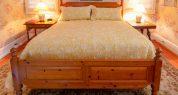 Farmhouse bedroom_9817 (1)